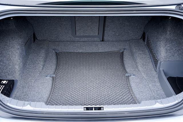 Tips para organizar el maletero de tu vehículo